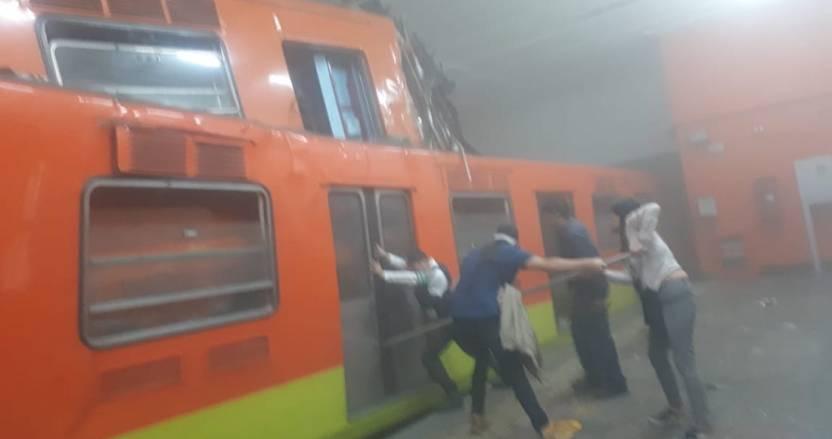 choque trenes metro cdmx - El choque de dos trenes en el metro Tacubaya deja al menos 41 heridos y una persona muerta - #Noticias
