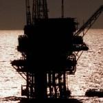 pemex plataforma 4 - La mezcla mexicana de petróleo cierra en su nivel más bajo en 19 años: 13.01 dólares por barril