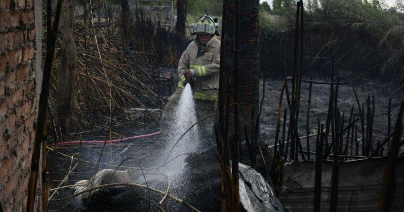 se incendian dos casas en juan josx rxos 5 1 crop1583970584791.jpeg 673822677 - Se incendian dos casas en Juan José Ríos - #Noticias