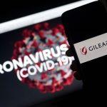 """GettyImages 1208237148 scaled - La FDA acelera """"a velocidad de rayo"""" la aprobación para el fármaco Remdesivir contra el COVID-19"""
