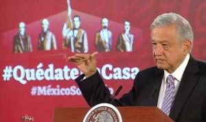 Lopez Obrador - AMLO anuncia contratación de médicos ante escasez de especialistas
