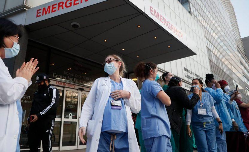 doctora suicidio nueva york - Una doctora que atendía covid-19 se suicida en EU por aparente estrés