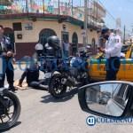 Motopatrullero de Tecomán resulta lesionado al ser embestido por un taxi - Motopatrullero de Tecomán resulta lesionado al ser embestido por un taxi