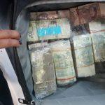 dinero en efectivo - Lo detienen con 4 mdp en efectivo en la Ciudad de México; viajaba en un auto blindado con placas falsas