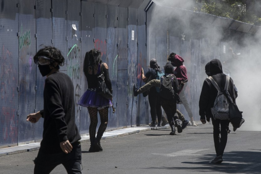 protesta - Hubo abuso policial contra adolescente en la protesta; pedí se investigue: Sheinbaum