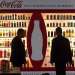 6016614d1d417bc6e0 160908 cocacola 2 gc c - Coca-Cola registra caída de 31.8% en el segundo trimestre del año