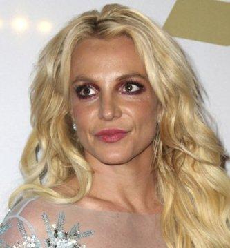 """800 3 - La cantante Britney Spears comparte un VIDEO en TikTok y ya la llaman la """"Thalía americana"""""""