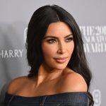"""autos preferidos de celebridades scaled - Los 5 mejores trikinis de Joselyn Cano, la """"Kim Kardashian mexicana"""""""