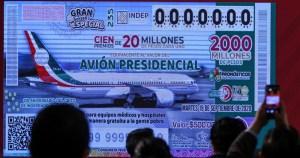 """rifa del avion - La Lotería Nacional ha vendido sólo el 22.58% de los """"cachitos"""" para la rifa del avión presidencial"""