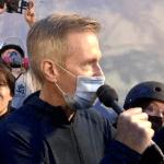 ted wheeler gas lacrimogeno - Agentes federales de EU lanzan gas lacrimógeno al Alcalde de Portland, Oregon, Ted Wheeler