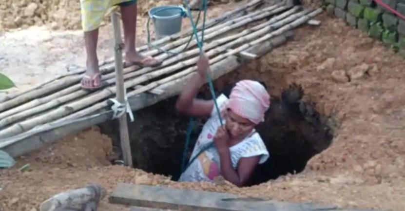 woman digs well 5ef9dc3f3fc23 - Mujer cavó pozo para ayudar a su mamá enferma a conseguir agua. Es su forma de agradecerle por todo