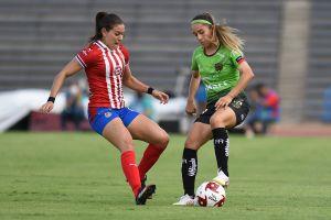Imago 957452 - VIDEO: El error más chusco de un árbitro en lo que va del año sucedió en el fútbol femenil mexicano