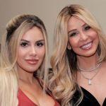 alexadellanos myrkadellanos juntas - Myrka Dellanos renunció a 'Al Rojo Vivo' pero no se olvida de su hija Alexa Dellanos