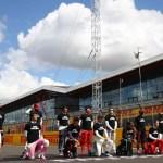 pilotos de fxrmula 1 protestan contra el racismo antes del gp de gran bretaxa crop1596383454292.jpg 673822677 - Pilotos de Fórmula 1 protestan contra el racismo antes del GP de Gran Bretaña