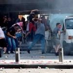 protesta beirut - Un policía muere por jornada violenta en calles de Beirut; hay 172 manifestantes lesionados