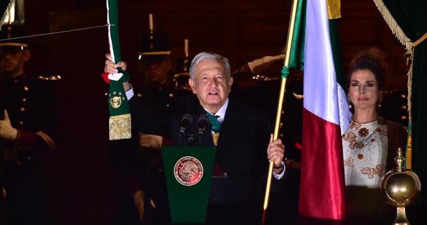 "a00f7ce4 01e7 4547 99f9 e2b1434a9098 - AMLO da Grito de Independencia inédito en 153 años: ""¡Viva la esperanza en el porvenir!"" (VIDEO)"