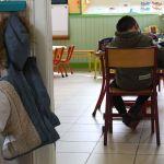 gettyimages 935620910 01 1 - Escuelas de Francia cierran al poco de abrir, muchos niños están contagiados