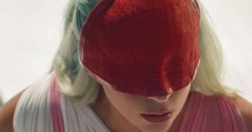 lady gaga crop1600456825492.jpg 673822677 - ¡Sin sujetador! Lady Gaga luce tremenda transparencia en video
