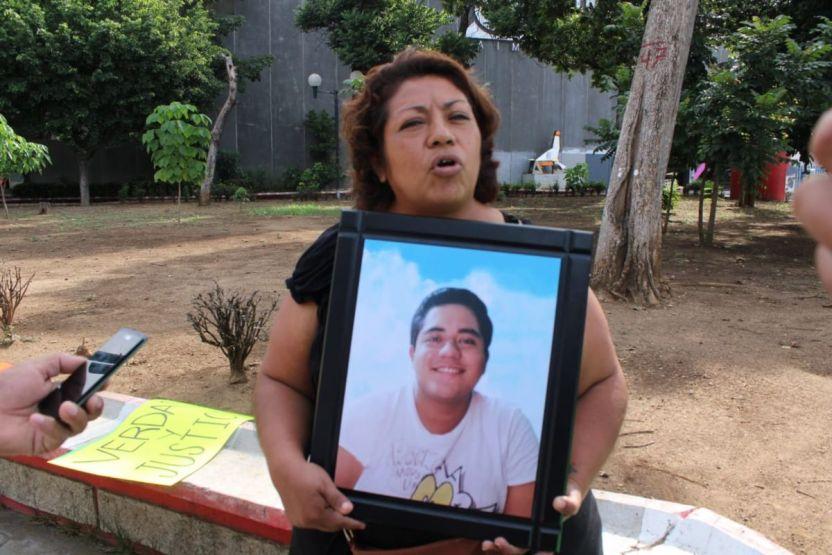 protesta joven chiapas madre - Exigen justicia para joven de 23 años hallado sin órganos en Chiapas