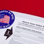 shutterstock 1669980175 - Un juez le da la luz verde al condado más grande de Texas para que sus ciudadanos puedan votar por correo