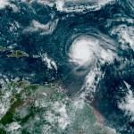 """teddy - Huracán """"Teddy"""" aumenta a categoría 4; la depresión tropical """"Veintidós"""" avanza en el Golfo de México"""