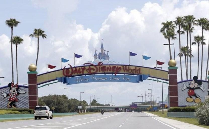 disney ap crop1606578440992.jpeg 242310155 - ¡Más despidos! Disney le dirá adiós a 32 mil empleados en el 2021