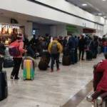 Diseno sin titulo 2 2 4 300x200 - Registran salida masiva de pasajeros en el AICM pese a semáforo rojo