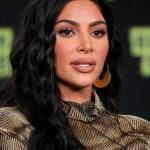 kim kardashian en la playa crop1609372560926.jpg 242310155 - ¡Al natural fue que Kim Kardashian se dejó ver por sus fans!