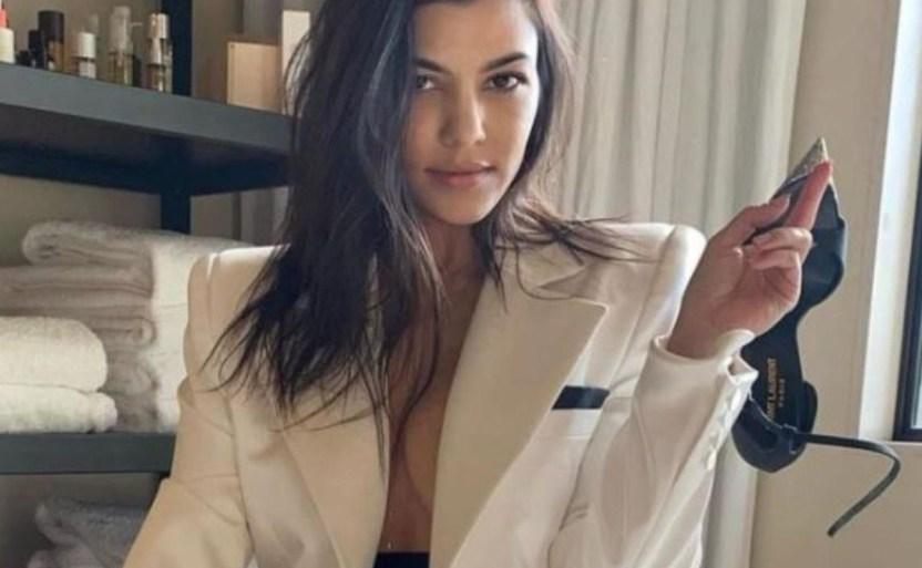 kourtney kardashian 2 crop1609355262483.jpg 242310155 - ¡Propuesta!, Kourtney Kardashian pide que la embaracen