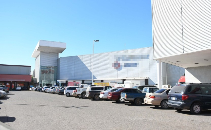 plazas comerciales x5x.jpg 242310155 - No cerrarán comercios en Los Mochis pese a aglomeraciones