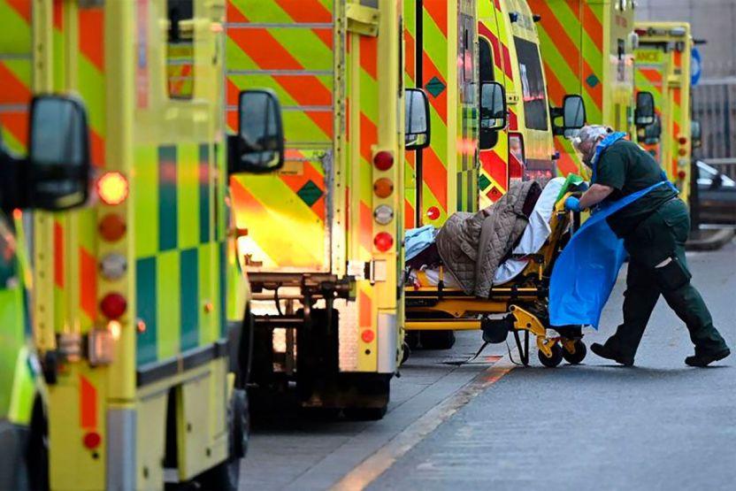 116672290 gettyimages 1230435513 1 1 - Coronavirus: qué errores se cometieron en Reino Unido para que se convirtiera en el primer país europeo en superar las 100,000 muertes por covid-19