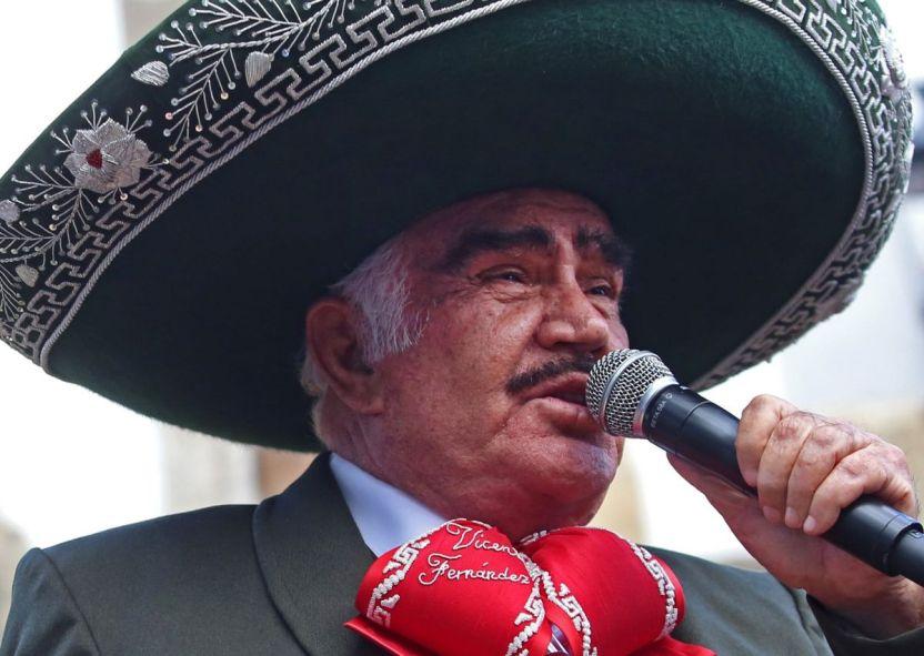 9737 VicenteGDL03 e1611539361556 - Entre infidelidades y fuertes declaraciones: Los escándalos en la carrera de Vicente Fernández