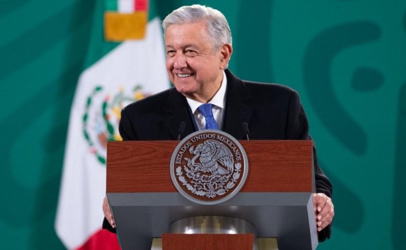 amlo vacuna x2x.jpeg 242310155 - Vacunas contra el Covid-19 han llegado a todo México: AMLO