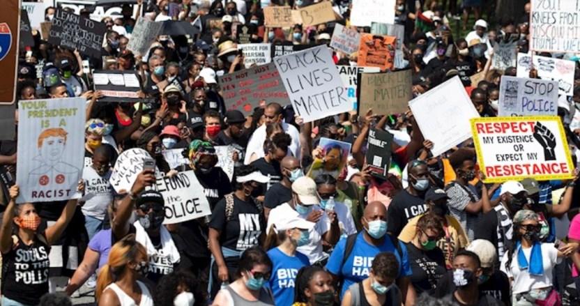"""manifestantes 1 - El movimiento antirracista """"Black Lives Matter"""" es nominado al Premio Nobel de la Paz de este año"""