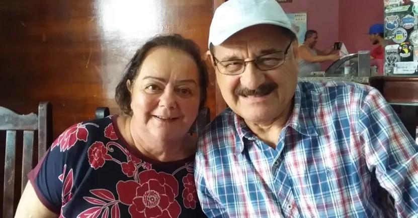 pareja abuelos covid - Médico y su esposa fallecieron con tres días de diferencia por COVID-19. Pasaron 50 años juntos