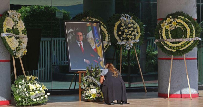 sandoval - Juez de Jalisco sentencia a 11 trabajadores del bar donde fue asesinado Aristóteles Sandoval