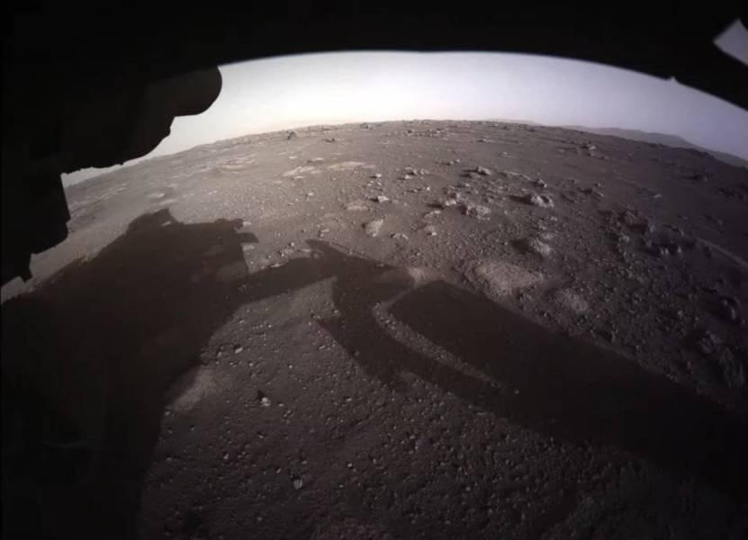Eum916HXcAAqea  - NASA publica fotos de Marte tomadas por Perseverance