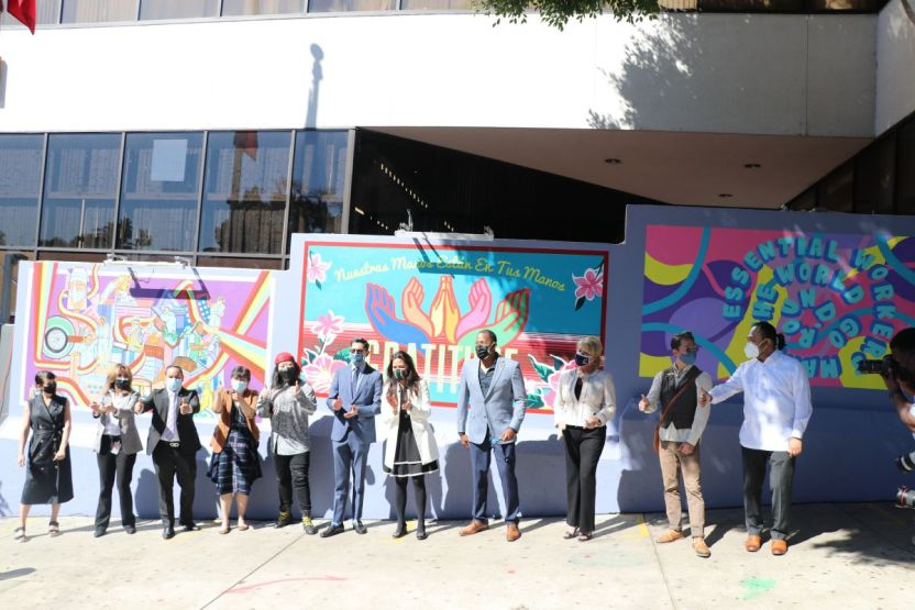 IMG 0138 - Develan mural 'Gratitud' en el Consulado de México en Los Ángeles