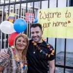 madre hijo reencuentro 3 - Après 32 ans d'attente, elle a enfin pu prendre son fils qui lui avait été volé dans ses bras. Son amour de mère lui a permis de ne jamais se rendre
