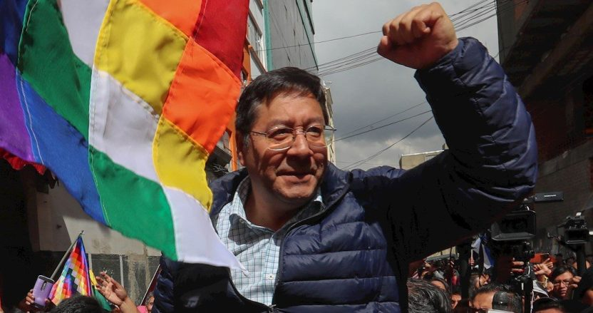 0a836b9dedc060aa27c203d54fe30167a74d5fff e1599263261830 - El Presidente de Bolivia llega a México para visita oficial; estará hoy en la conferencia de AMLO