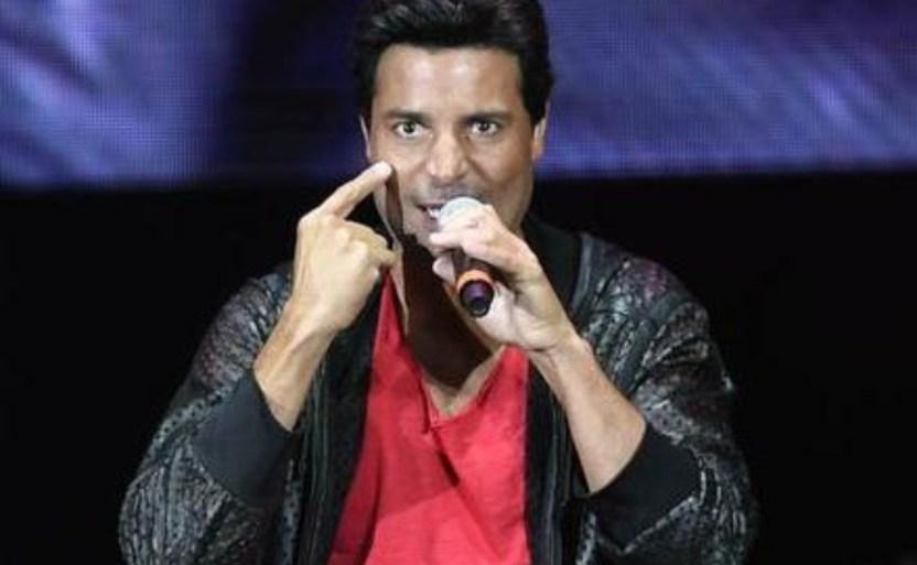 chayanne ojo afp crop1616039912063.jpg 242310155 - Sorprende Chayanne al lado de Daddy Yankee ¡Juntos en video!