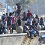 turistas mazatlan.jpg 242310155 - Negarían servicio a turistas sin cubrebocas en Mazatlán