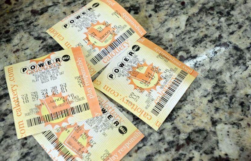 6358797283624172281 - Jugador encontró un boleto perdido de Powerball de $150,000 días antes de su vencimiento