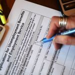 GettyImages 1210101977 2 1 - IRS: 'Aléjate de quienes te prometen mayores reembolsos de impuestos'