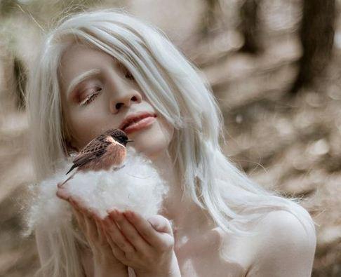 Captura 46 - Ruby Vizcarra, la modelo albina que aprendió a abrazar su condición