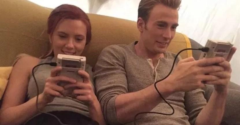 Fondo scarlett chris evans amigos - Scarlett Johansson y Chris Evans son mejores amigos en la vida real. Se conocieron antes de la fama
