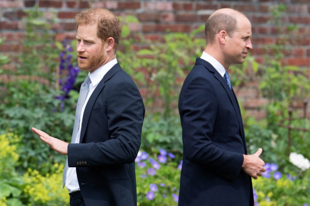 """000 9DP6F3 - El personal del príncipe William """"plantó historias sobre la salud mental de su hermano"""" tras iniciar las peleas"""