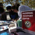 GettyImages 488771126 - Género X: EE.UU. ampliará los marcadores de género del pasaporte para estadounidenses no binarios e intersexuales
