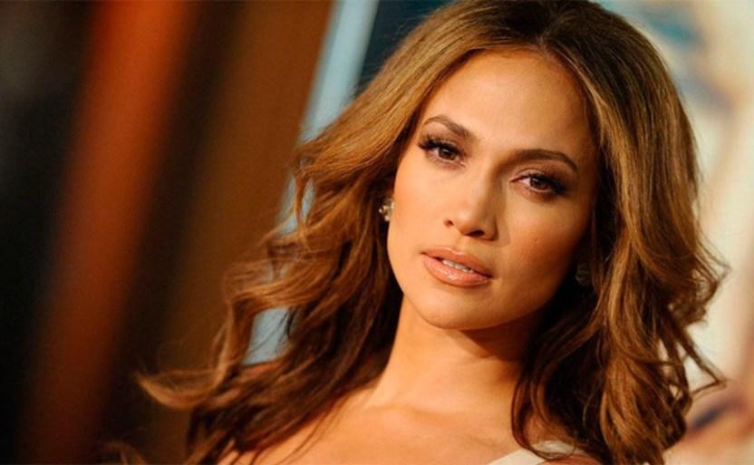 jennifer lopez cantante efe.jpg 1829856696 - ¡Destapa sus encantos, Jennifer Lopez en micro body negro!