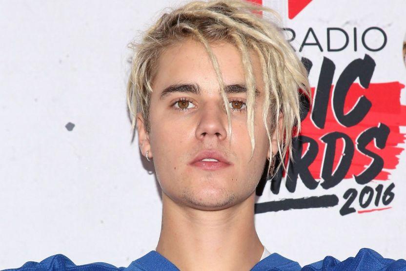 justinbiebergetty - Justin Bieber denuncia una conspiración en su contra para hacerlo parecer enfermo
